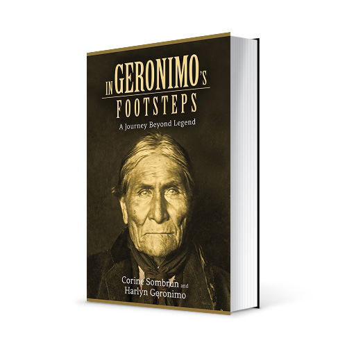 "Photo du livre ""In Geronimo's footsteps"" de Corine Sombrun (Éd. Skyhorse Publishing / 2014)"